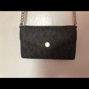 Michael Kors Crossbody Bag / Wallet